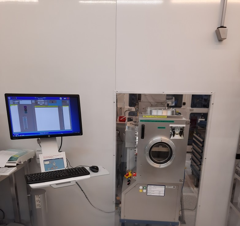 Picture of PECVD Oxford PlasmaPro System 100