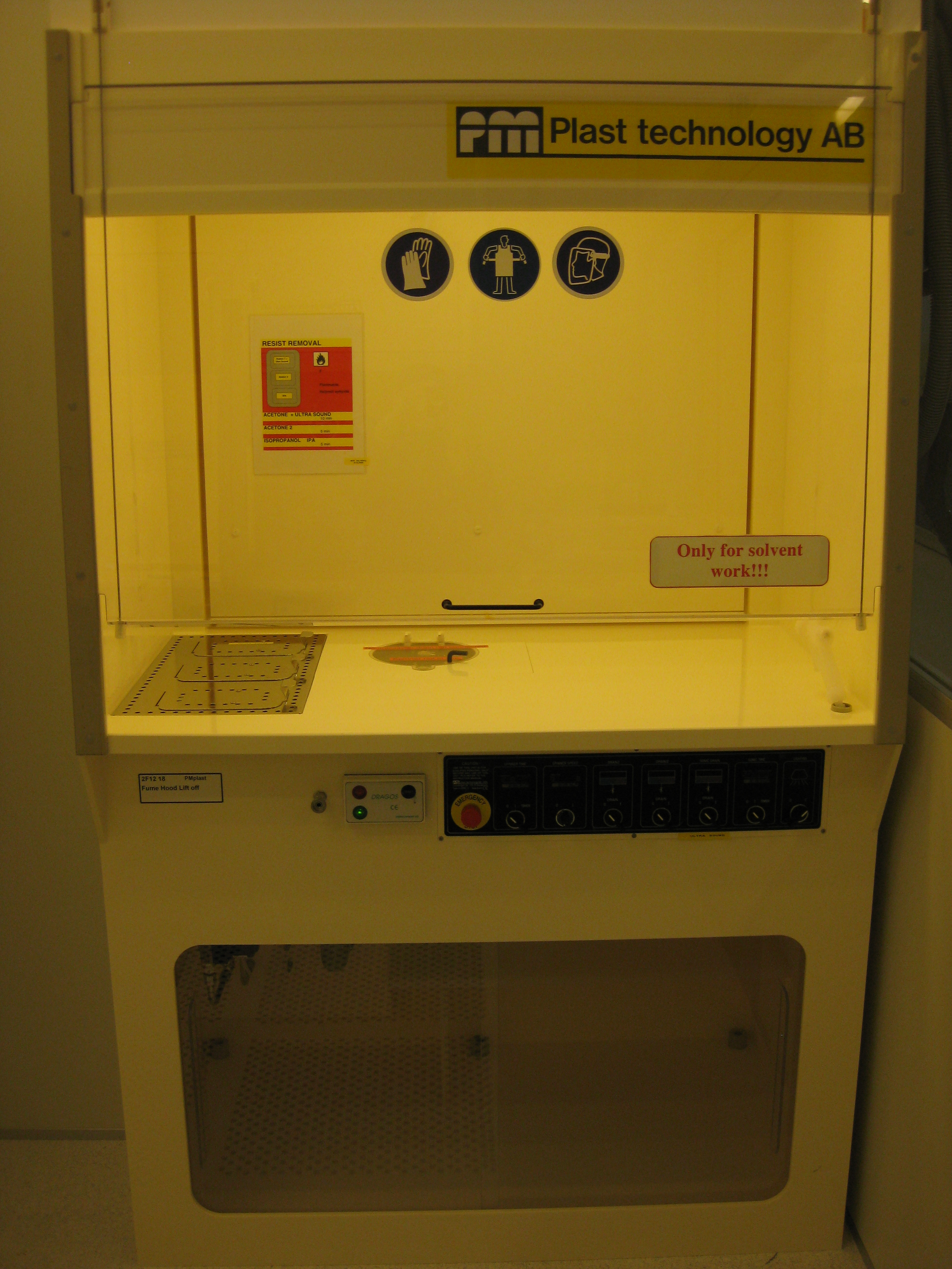 Picture of Fume Hood Lift off