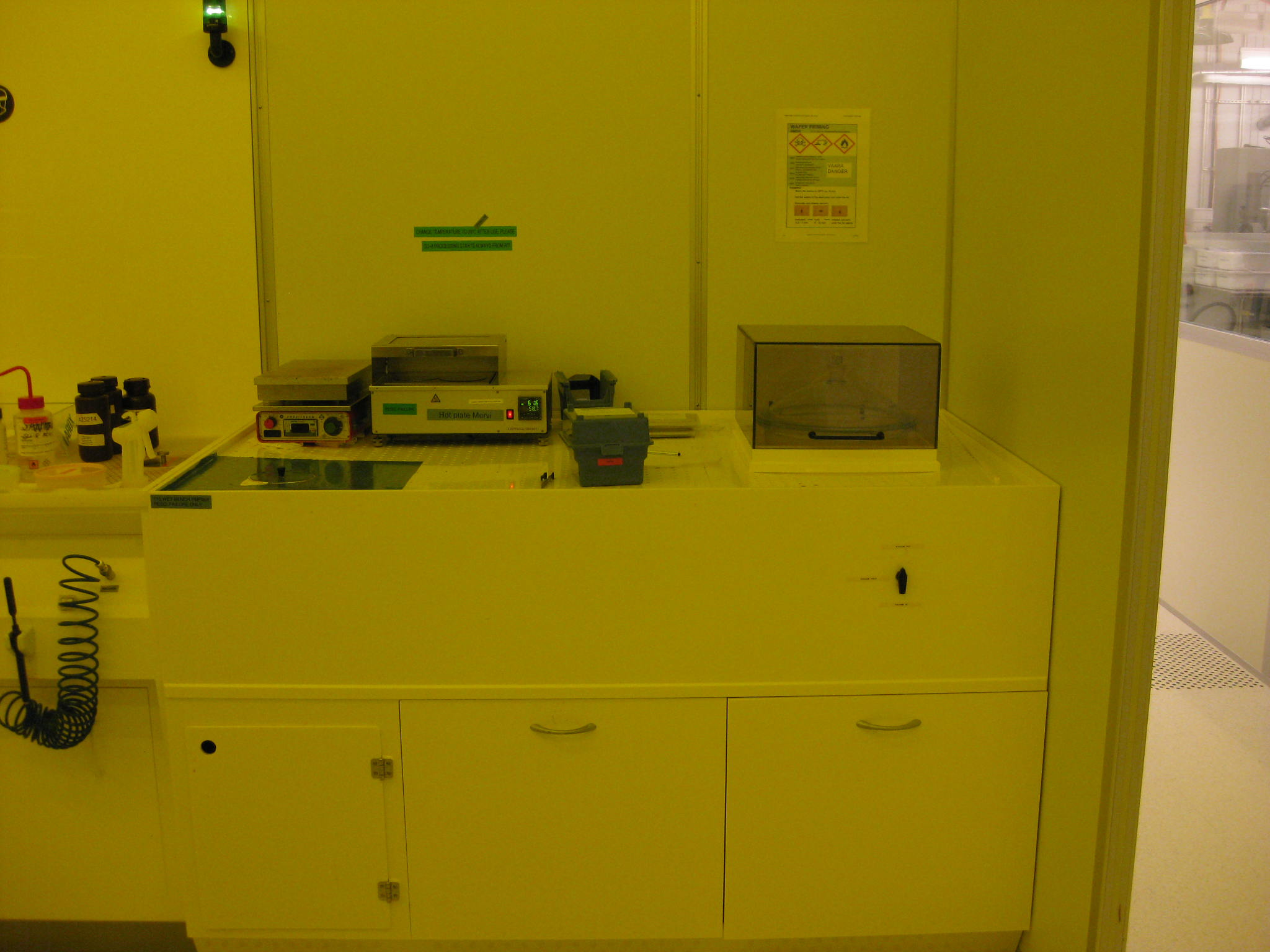 Picture of Wet bench Hot plates
